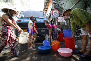 xe chở nước sạch