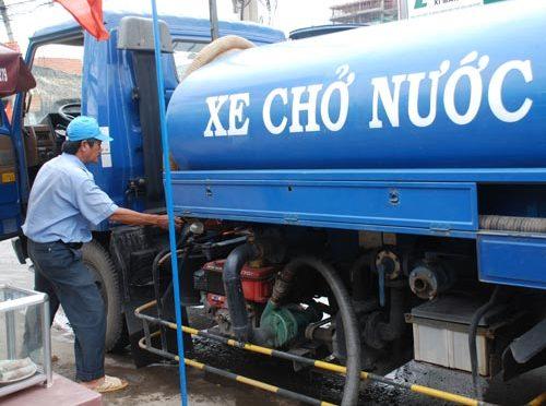 xe chở nước sinh hoạt